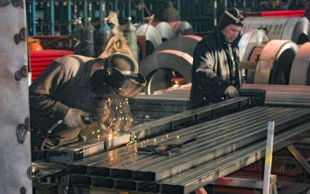 Производство металлических стеллажей